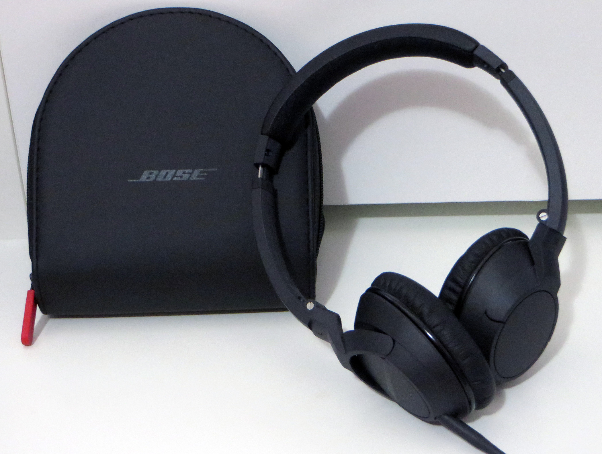 bose oe2. casual review: bose soundtrue on-ear audio headphones \u2013 robert setiadi website oe2